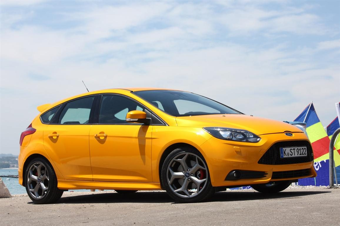 ford pits 2013 focus st against rivals and a m3. Black Bedroom Furniture Sets. Home Design Ideas